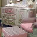 Budding Beauty French Dresser Changer